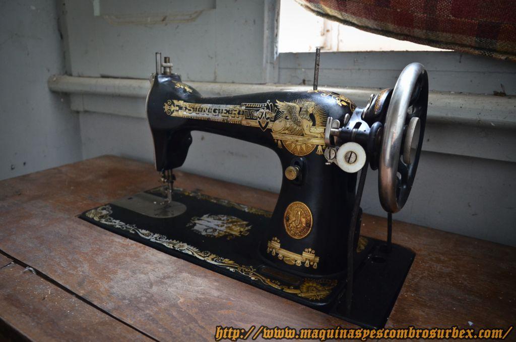 Maquinas y escombros urbex singer kelvinator for Compra de objetos antiguos