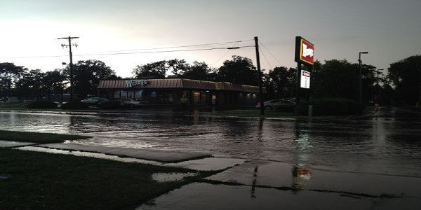 Reports of flash flooding in Carbondale, Illinois