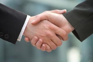 Berjabat Tangan Yang Efektif