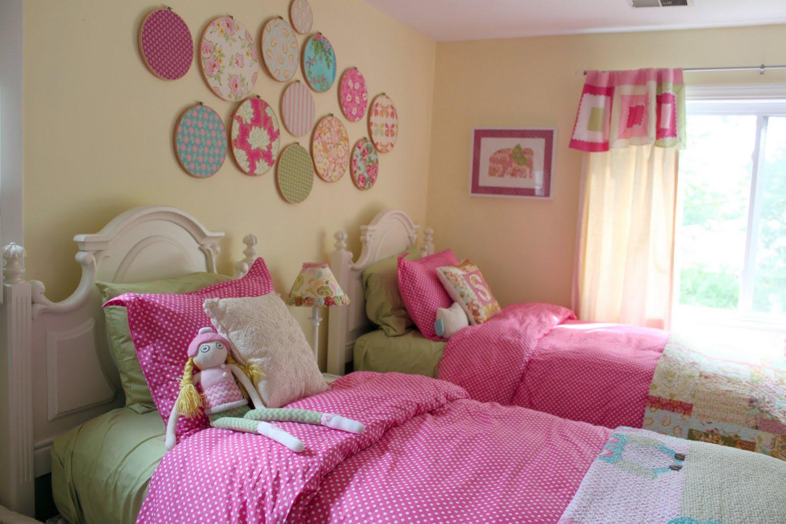 bellart atelier decora o quartos de meninas um quarto para duas. Black Bedroom Furniture Sets. Home Design Ideas