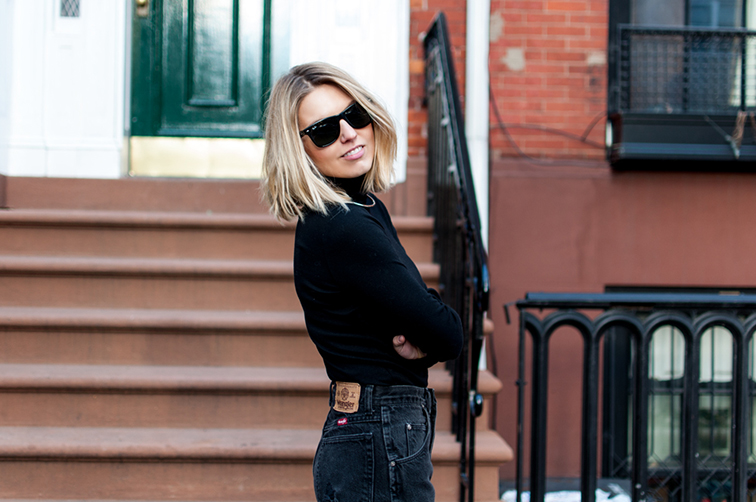 Fashion Over Reason, boyfriend mom jeans, turtleneck, Stuart Weitzman booties, West Village NYC, heyyo