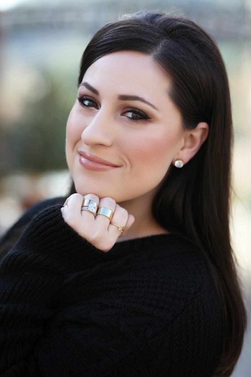 gold-rings-gorjana-oversized-black-sweater-beauty-blogger-brunette-king-and-kind-san-diego-style-bloggers