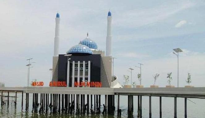 masjid terapung makassar tour