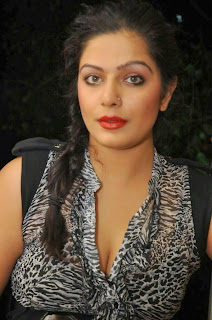 Actress Reva  Pictures at Naakaithe Nachindi Audio Launch Function  0004.jpg