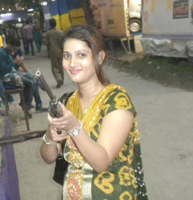 meet pakistani girl