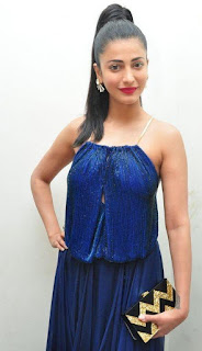 Shruti haasan Pictures at srimanthudu Audio Launch (1).jpg