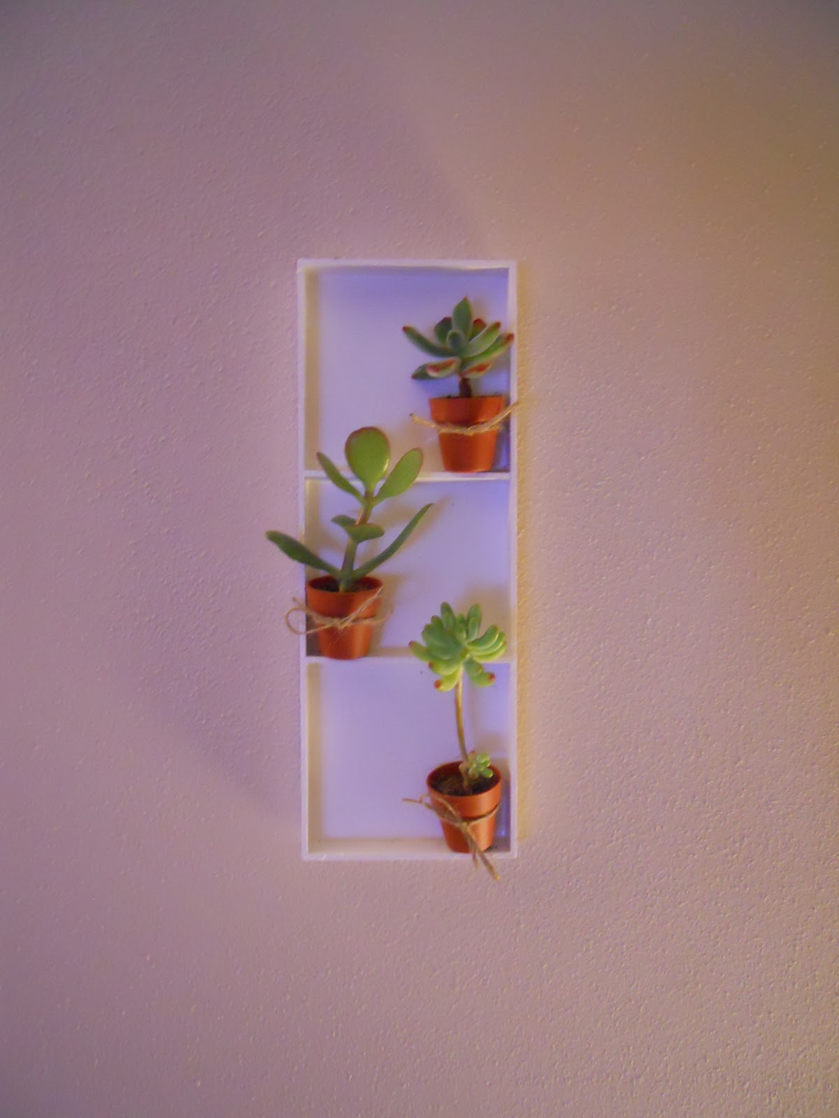 Frequent frenzy training for vertical garden wall art for Vertical wall art