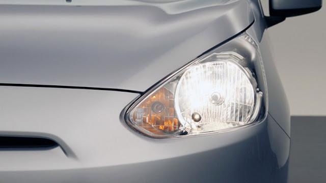 Lampu utama mobil mitsubishi mirage 2013