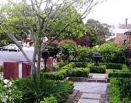 taman rumah