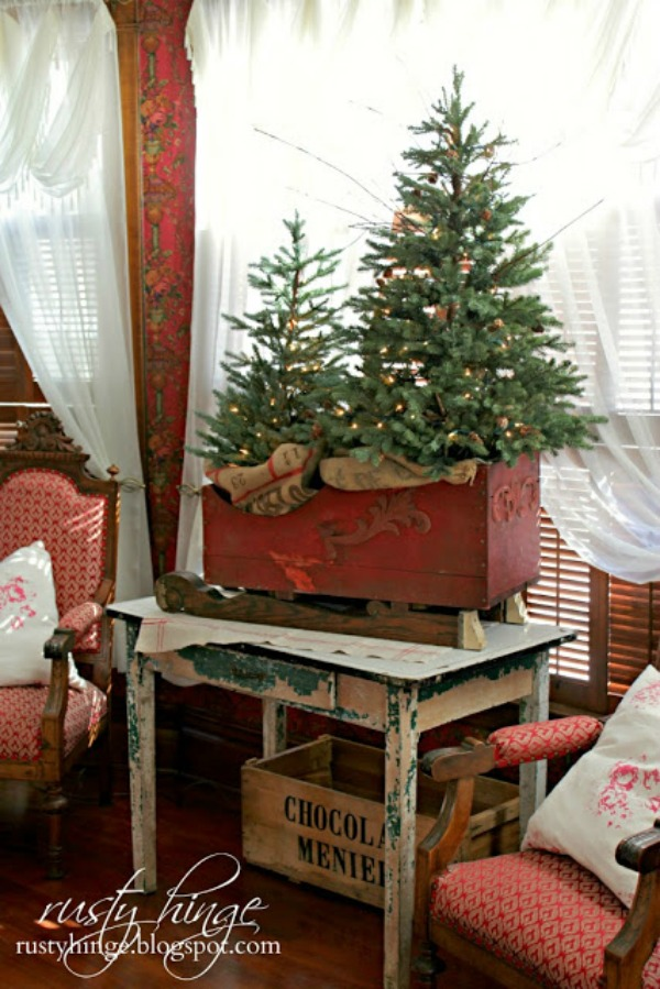 10 small space christmas trees cozy little house Big christmas tree small space