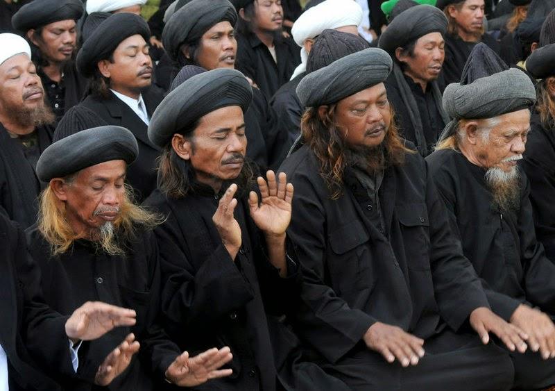 Tarekat Naqsabandiyah Shalat Idul Ahad Hari ini