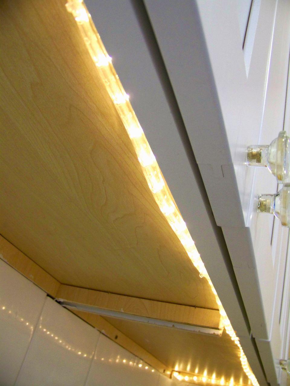 upper cabinet lighting. Kitchen Accent Lighting Upper Cabinet