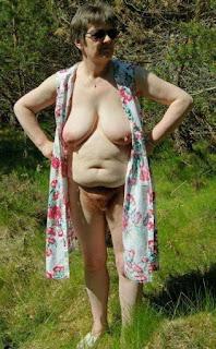 Horny and twerking - rs-15-768853.jpg