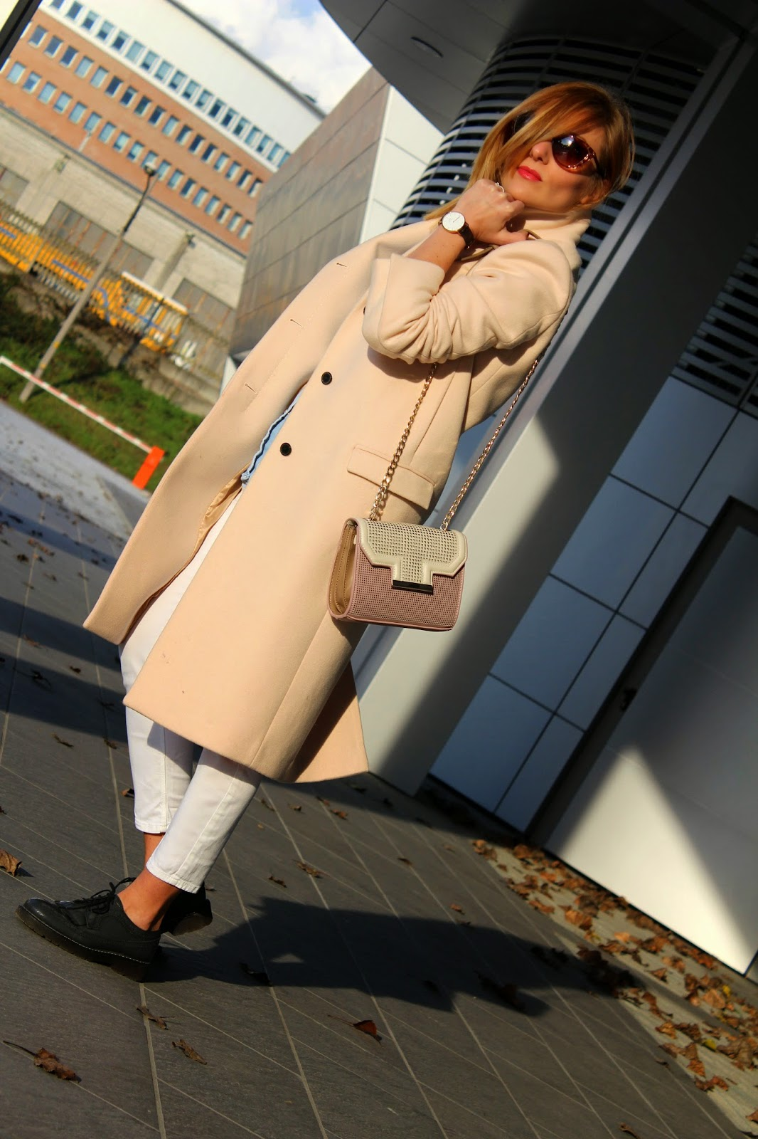 Eniwhere Fashion - Maxi coat - White skinny and Zara Bag