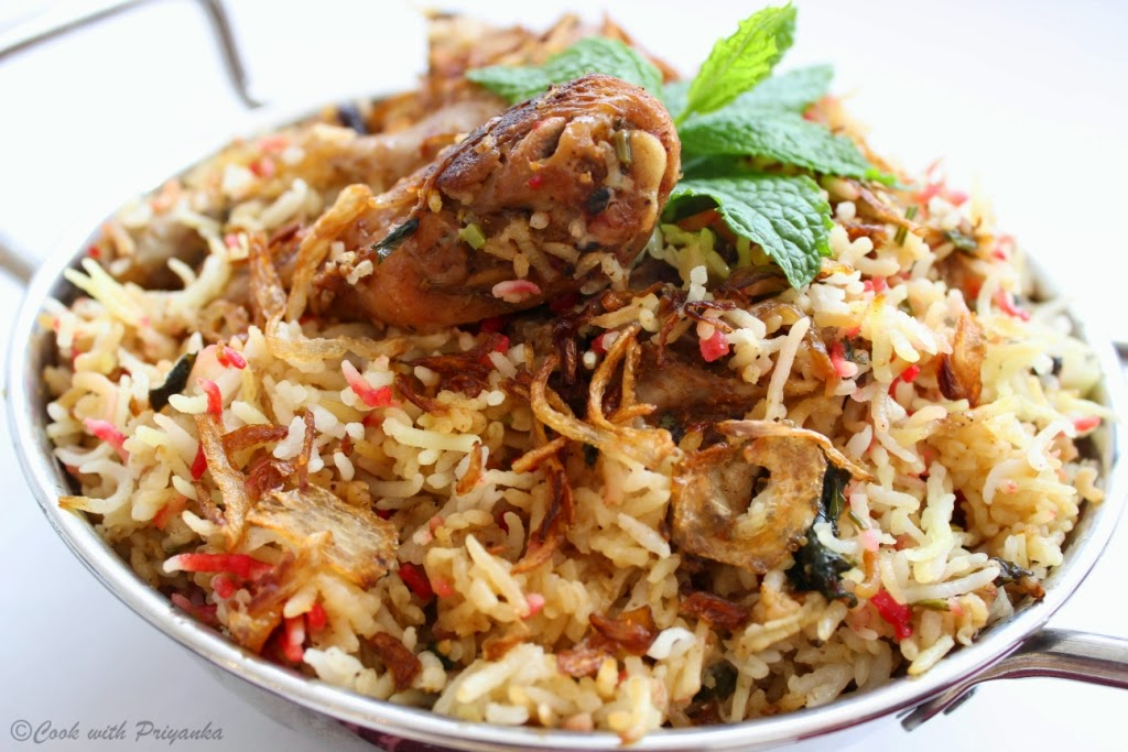 http://cookwithpriyankavarma.blogspot.co.uk/2014/08/hyderabadi-chicken-biryani-kacchi-murg.html