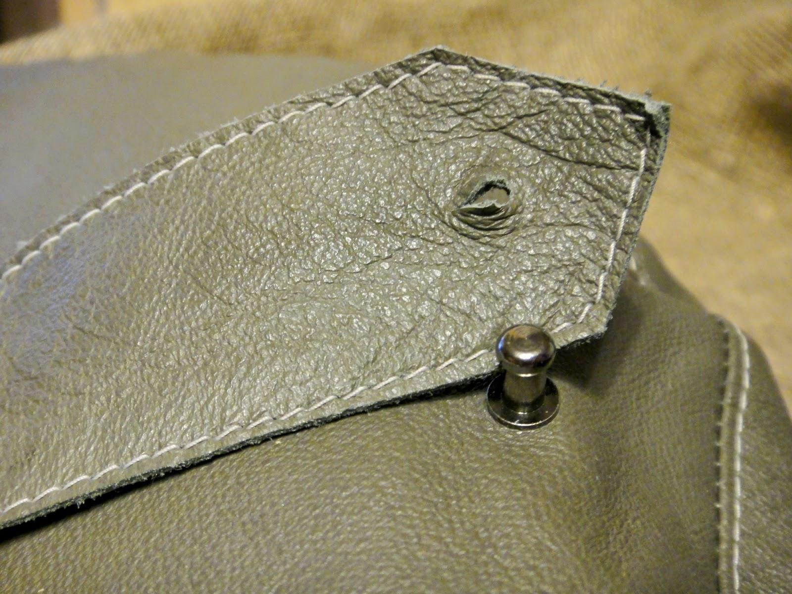 Мужской кожаный шлем с наушниками