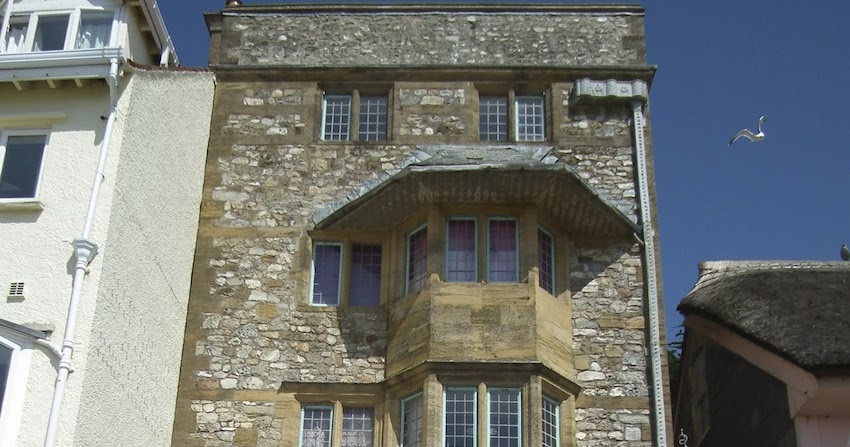 english buildings  lyme regis  dorset