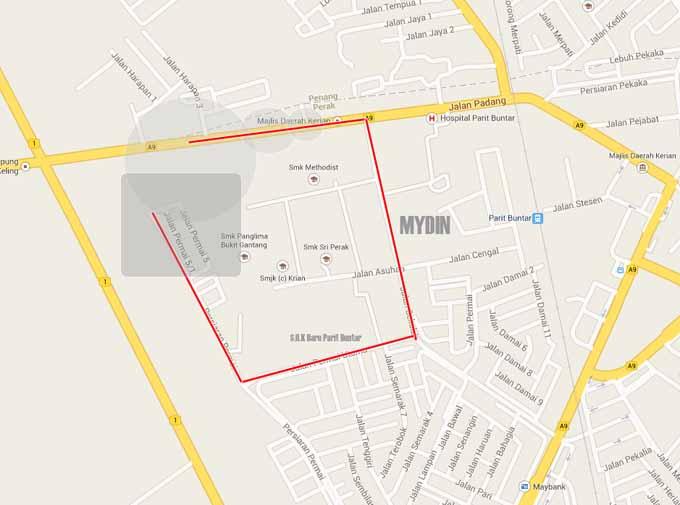 Kawasan parking Pasar Kemboja Parit Buntar