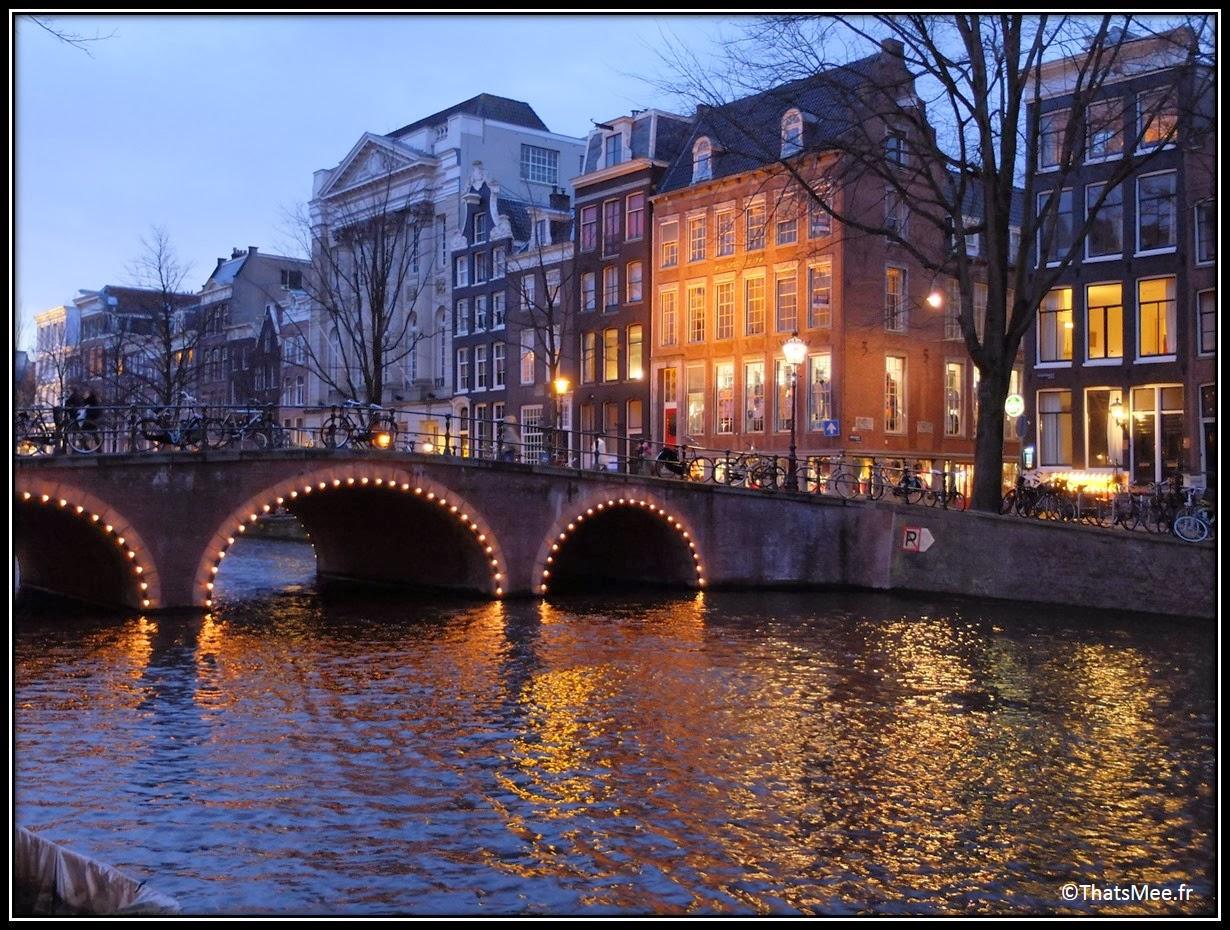 visiter Amsterdam Jordaan centre-ville pont fleuve romantique ballade promener Amsterdam