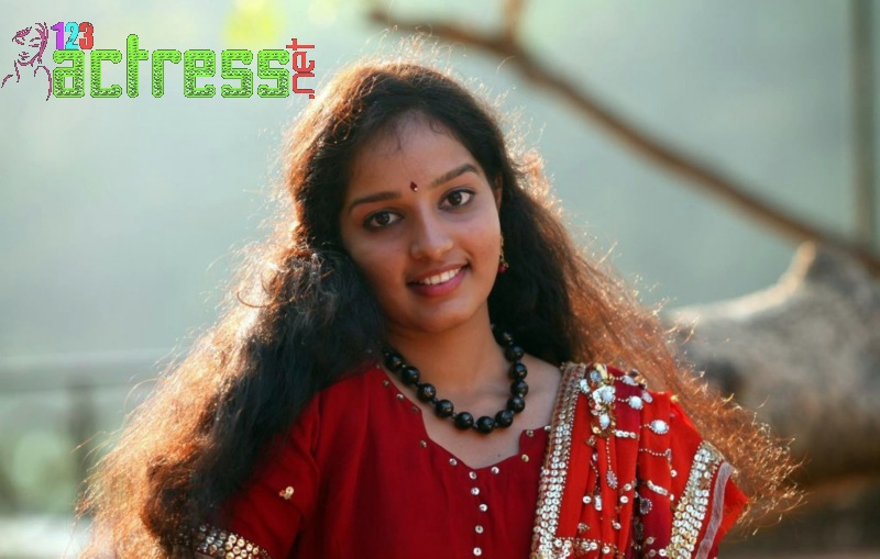 ... Malavika Menon Red Churidar Gallery - Actress HD Gallery | Stills