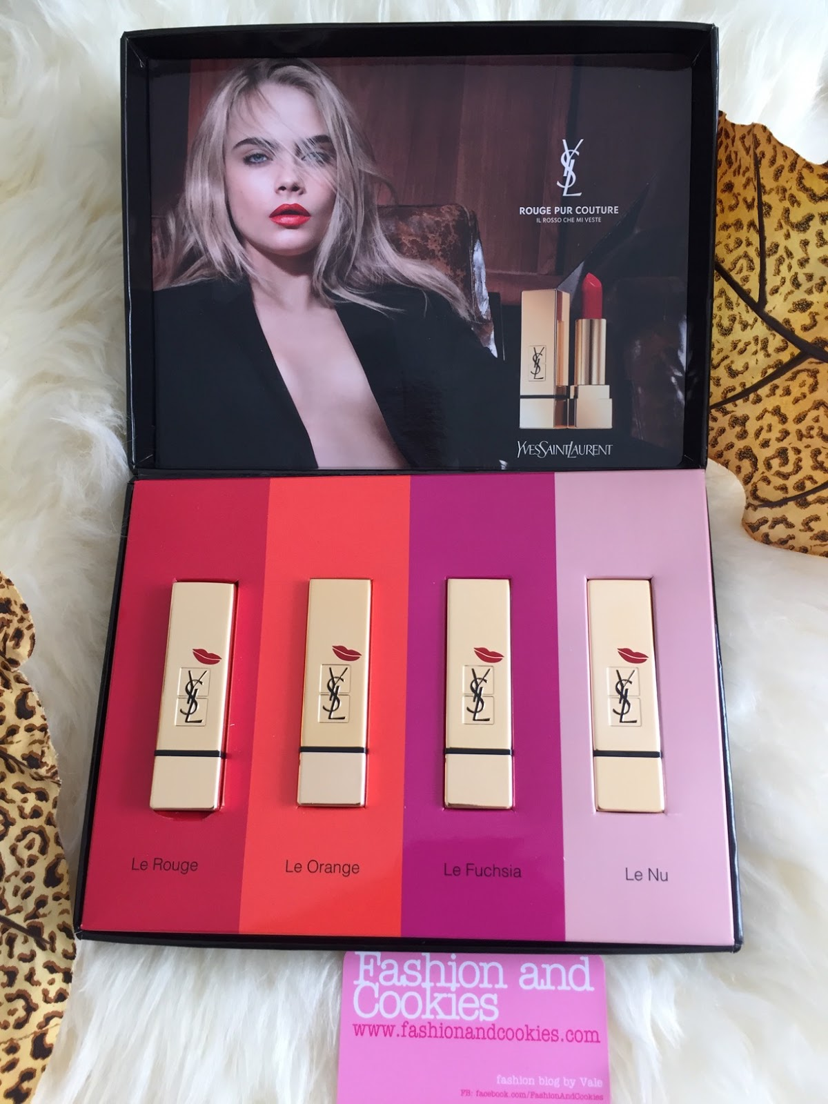 Yves Saint Laurent Rouge Pur Couture Kiss & Love Limited Edition on Fashion and Cookies fashion and beauty blog, beauty blogger