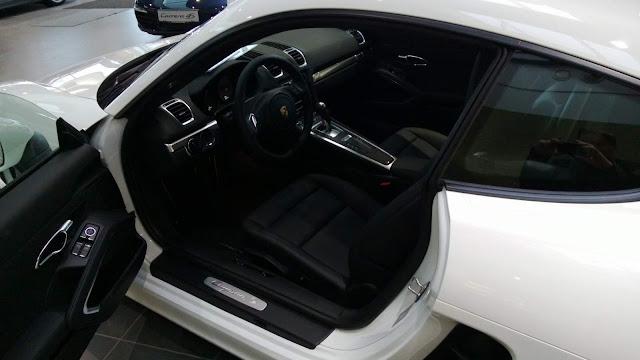 Porsche Cayman 2016 - interior