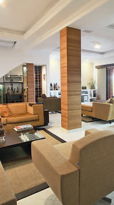 Construindo minha casa clean como decorar colunas no meio da sala veja 25 ideias - Como decorar columnas ...