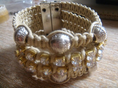 Tutorial pulseiras macramé com pérolas - Vídeo, fotos e modelos
