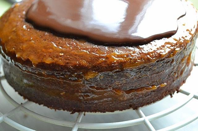 Rehrücken-Torte Schokoladeglasur