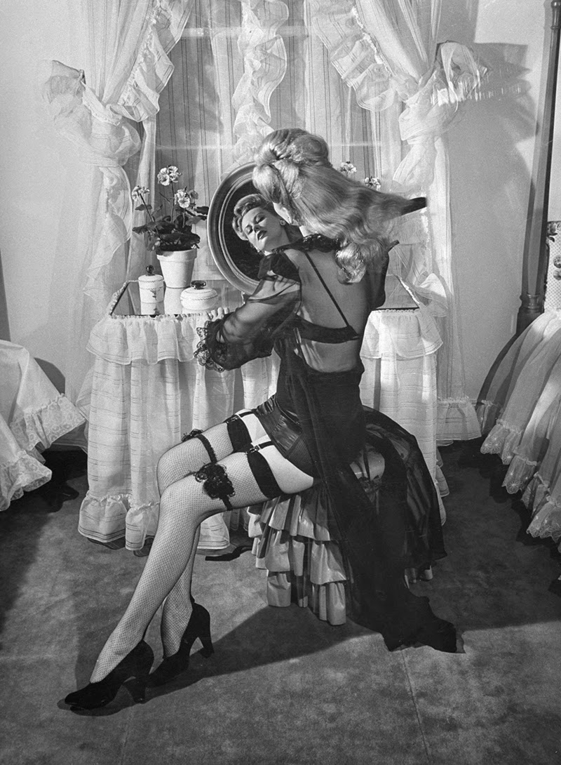 1940s sex still they