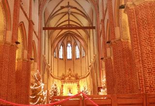 Catedral de Gniezno. Polonia. Iglesias por el mundo. Iglesias del mundo. Iglesias de Polonia