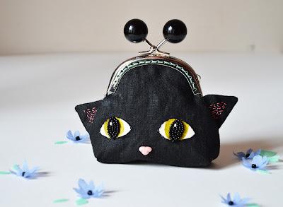 https://www.etsy.com/fr/listing/266498453/porte-monnaie-a-tete-de-petit-chat-noir?ref=pr_shop