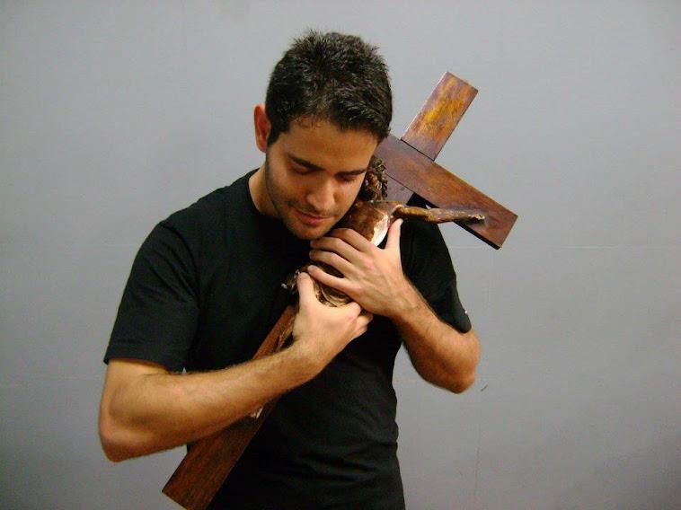 NO PUEDO SINO SENTIRME ORGULLOSO DE LA CRUZ DE CRISTO