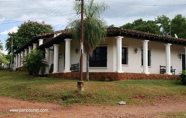 Arquitectura de casas antigua casa de estilo colonial - Fotos de casas estilo colonial espanol ...