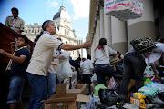 Donaciones para los inundados de La Plata , coordinadas por Caritas . inundaciones en buenos aires toda la ayuda solidaria