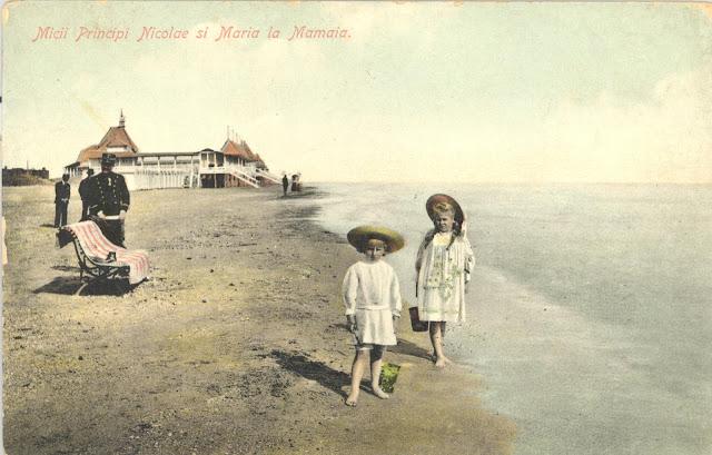 Micii principi Nicolae si Maria la Mamaia
