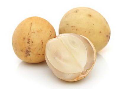 Những sai lầm cần tránh khi ăn quả bòn bon