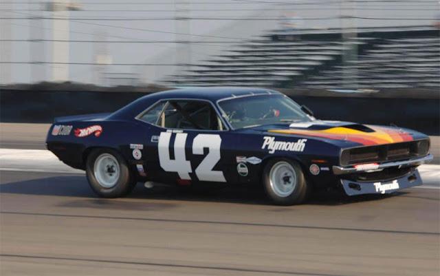プリムス・バラクーダ | Plymouth Barracuda (1964-74)
