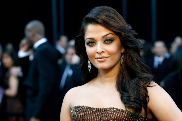 Aishwarya Rai Bachchan at Cannes FIlm festival promoting for bollywood film Jazbaa