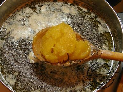 Miód w przepisach świątecznych łyżka miodu makowca makowiec makówki strucla czy chałka przepis
