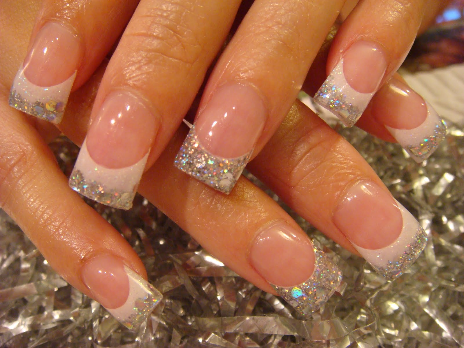 Lucaszing Finger Nail Polish Pichar