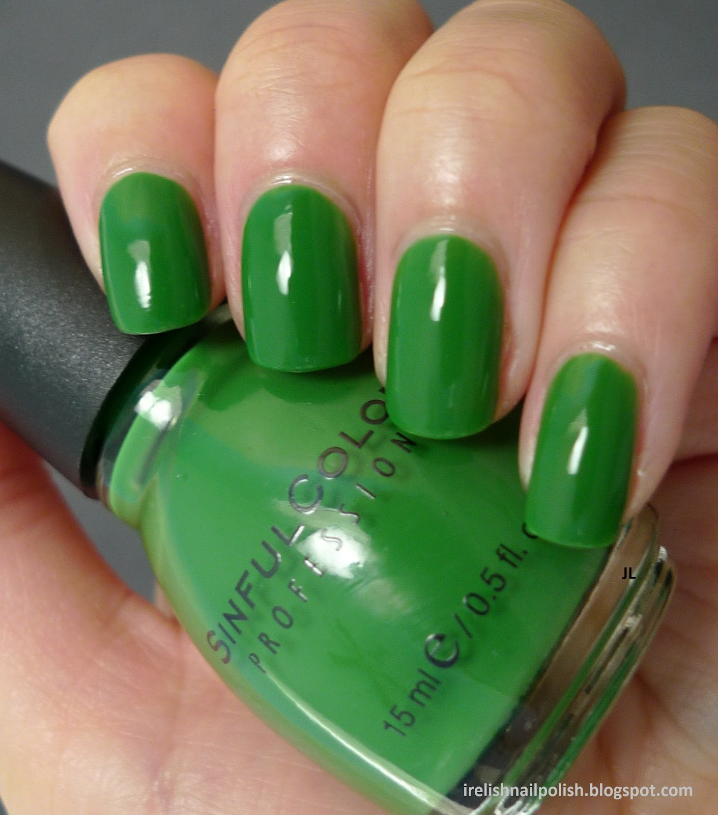 Just Like Other Jelly Polishes Exotic Green Is Easy To Apply Somewhat Transparent And Super Shiny After Applying Two Coats I Can Still See My Nail Line