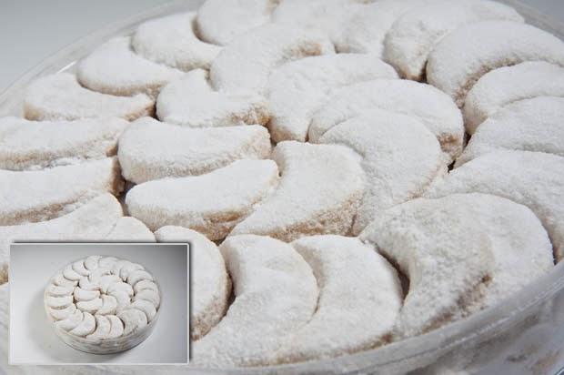 Resep Kue Putri Salju Manis dengan Tampilan yang Cantik