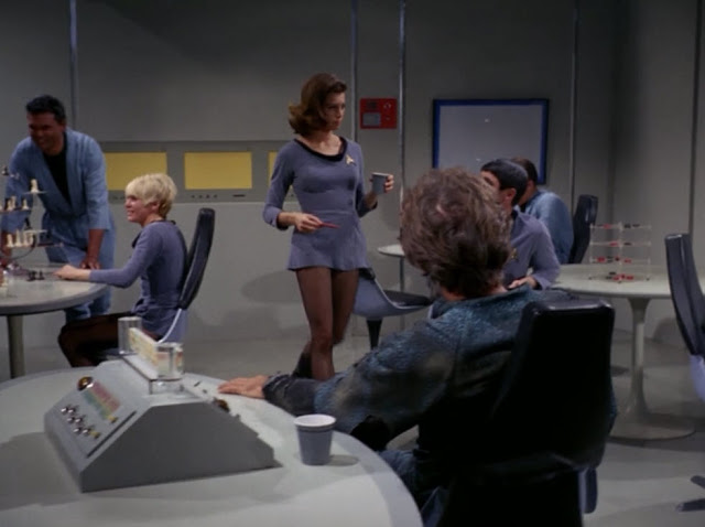 Daily Lazy Mini Skirts In Star Trek 1966