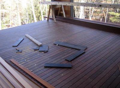 Biaya Pemasangan dan Finishing Lantai Decking Kayu