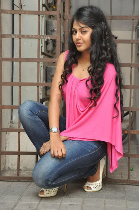 monal gajjar in pink latest photos