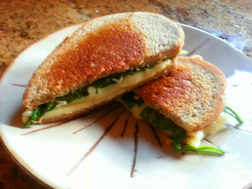 Picture of cut grilled cheese sandwich