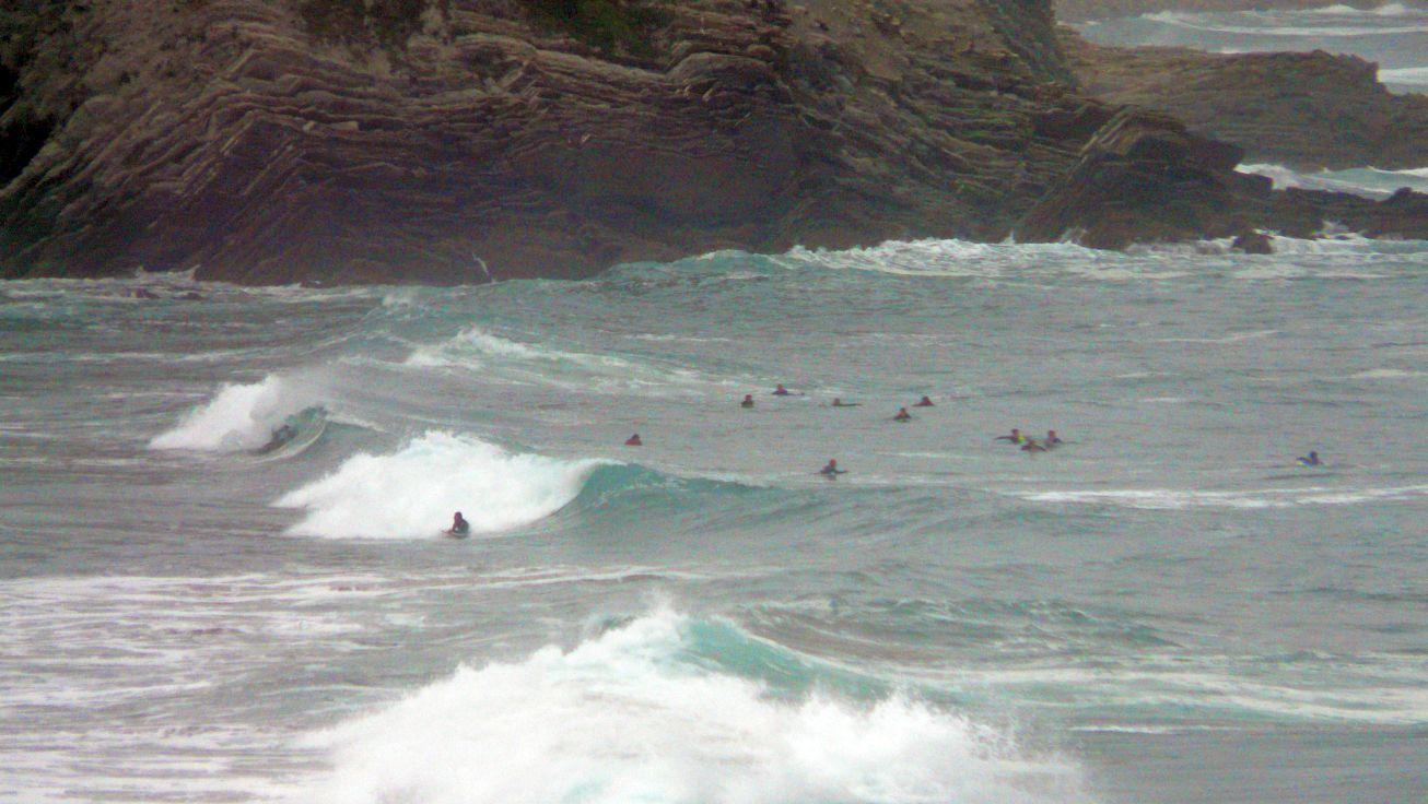 surfear sopelana 02