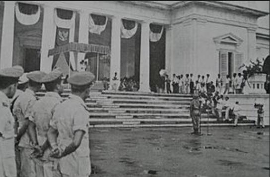 Isi dan Penjelasan Dekrit Presiden (5 Juli 1959) dan Pengaruhnya