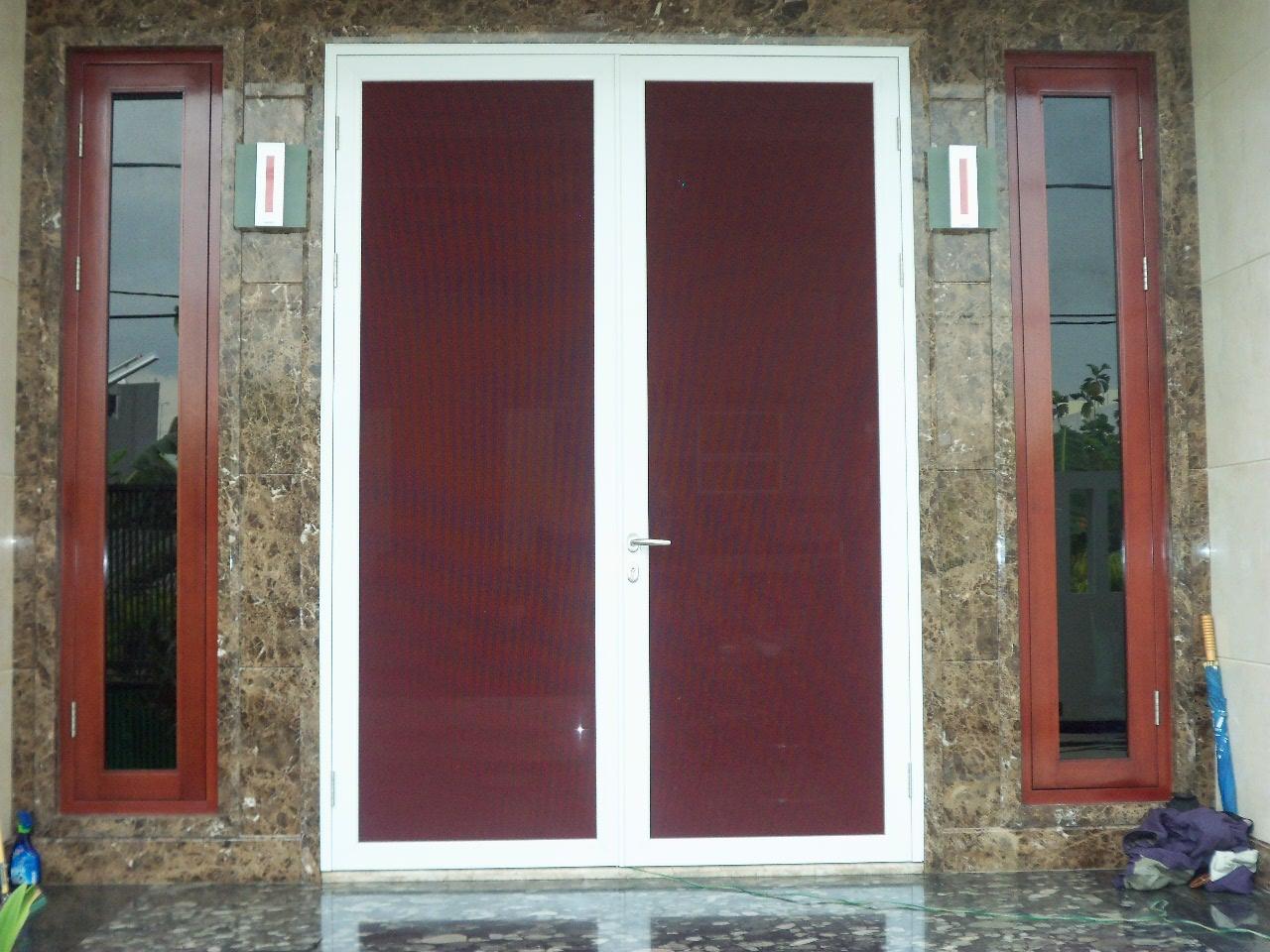 Pintu Kasa Nyamuk Baja